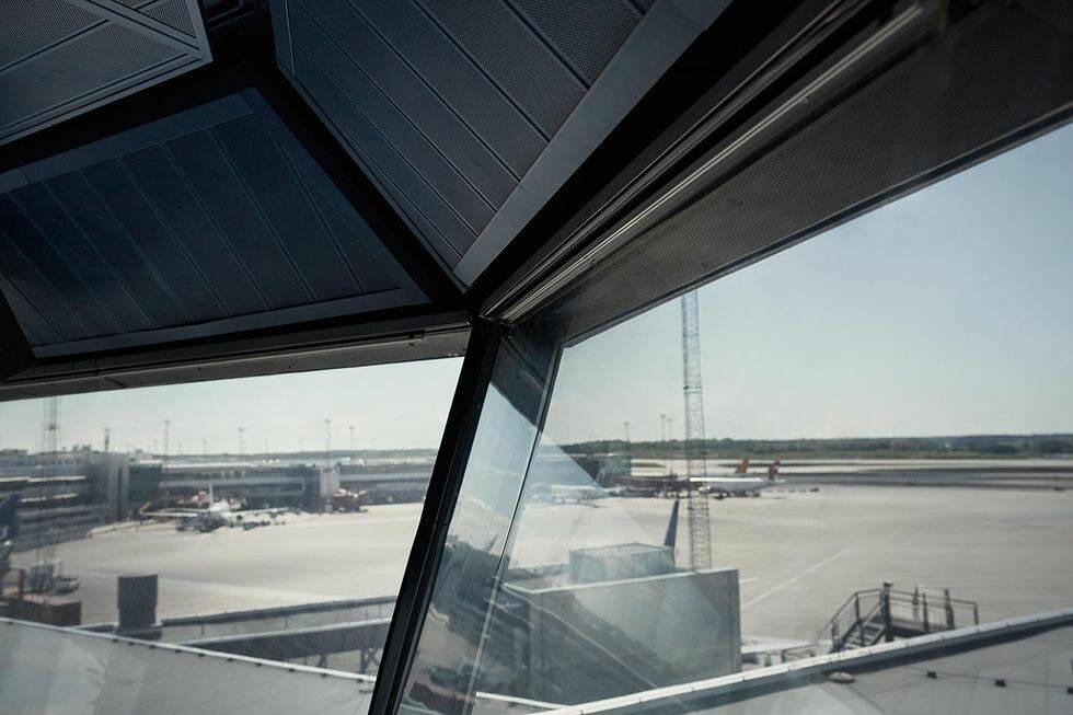 Kolla in den världsunika lägenheten som ligger i ett flygtorn