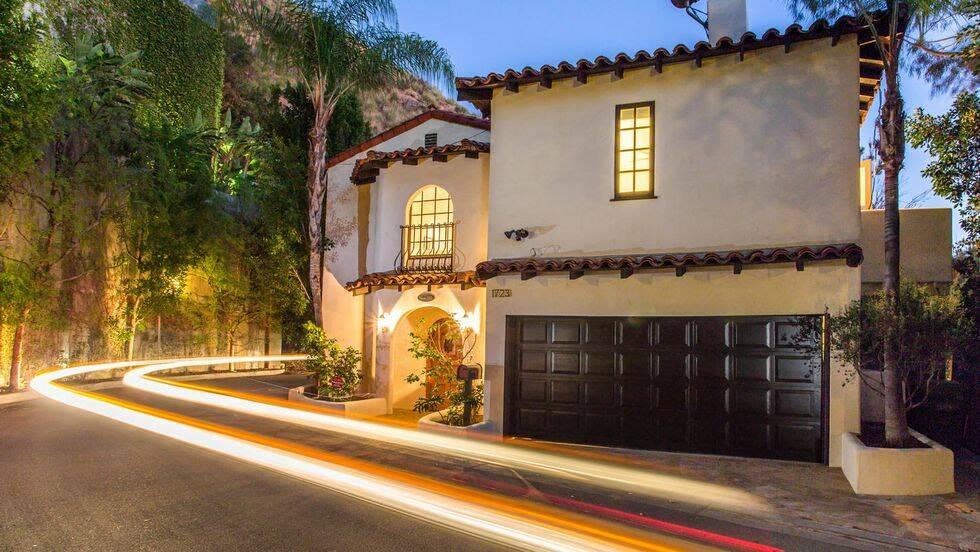 Kolla in Joel Kinnamans hus i Hollywood Hills