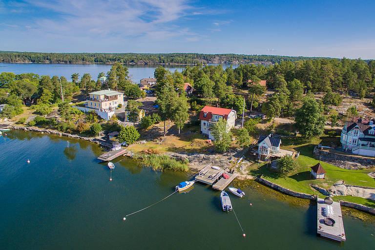 Vi har hittat drömhemmet – på en udde i Stockholms skärgård