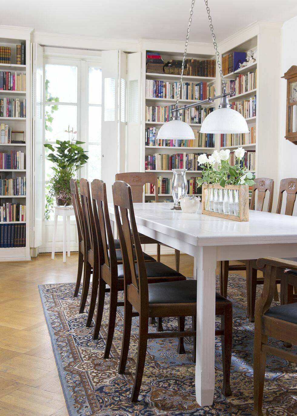 Gör det själv: Bygg bokhyllan på plats