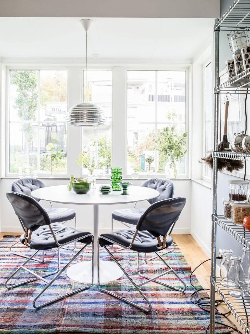 Veckans mest inspirerande hem: Färgstarka stilkrockar i radhuset
