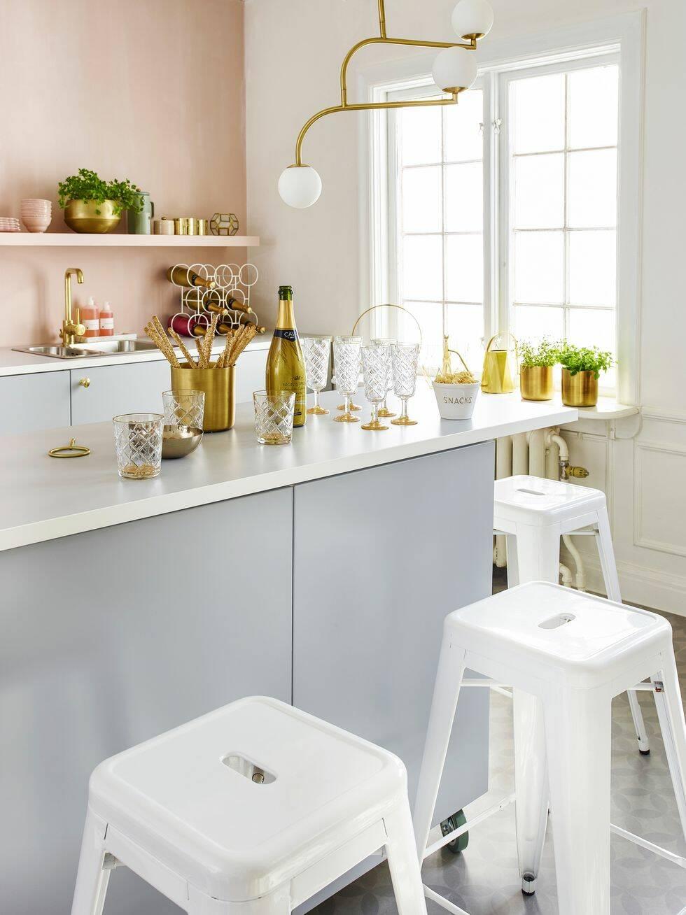 Ett kök – två helt olika stilar