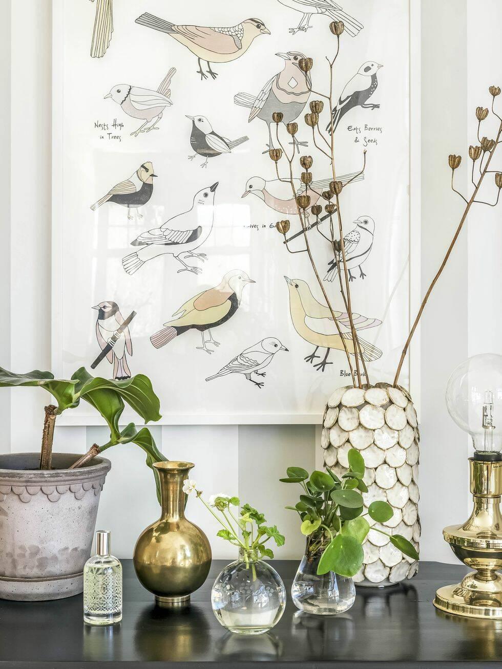 Det här hemmet är ett lysande exempel på hur du lyckas med mönstrade tapeter