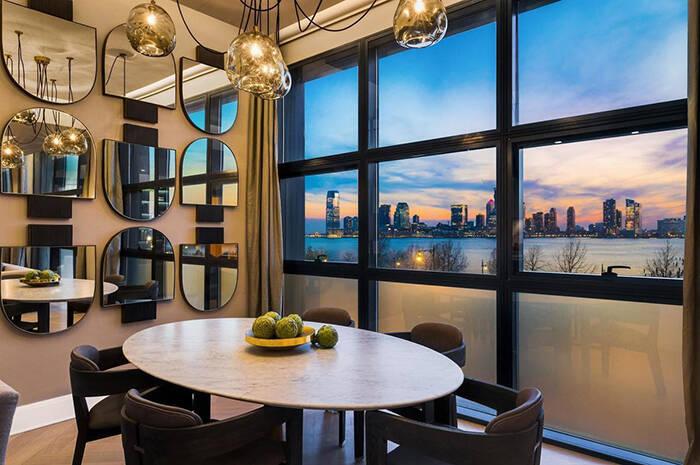 Nu är Fredrik Eklunds lyxiga lägenhet till salu – för 57 miljoner
