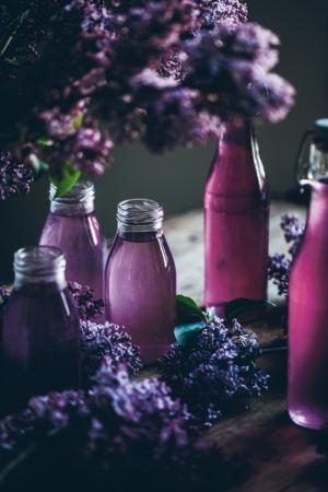 Spara sommaren på flaska med My Feldts recept på syrensaft