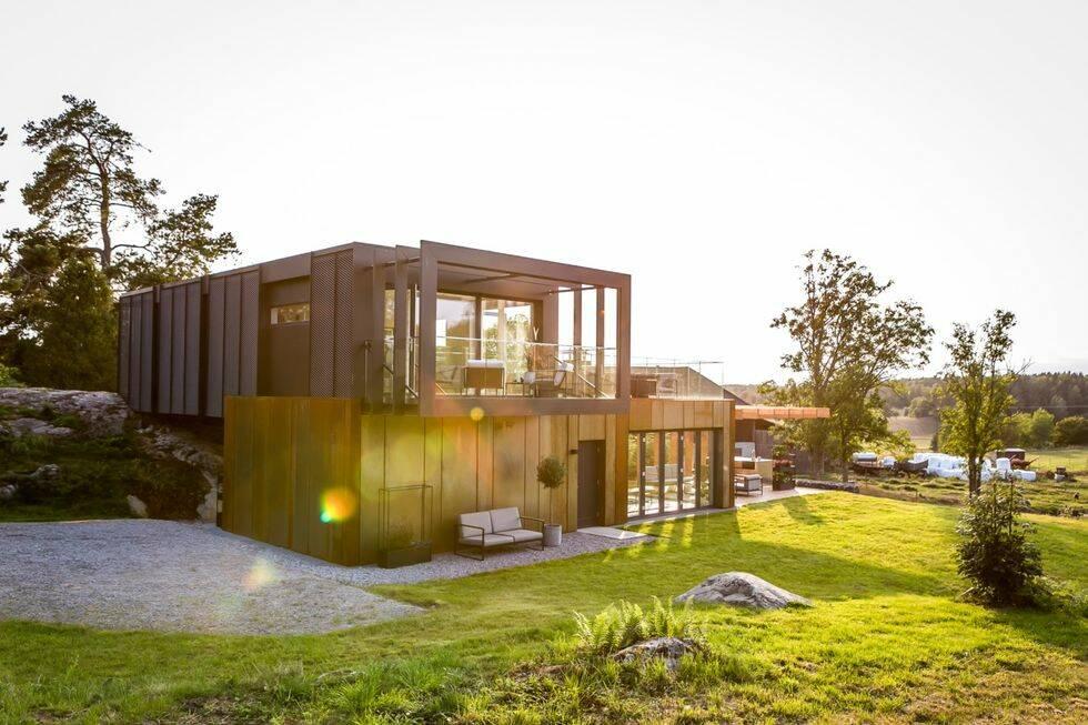 Det här unika fritidshuset är byggt av fyra lastcontainrar