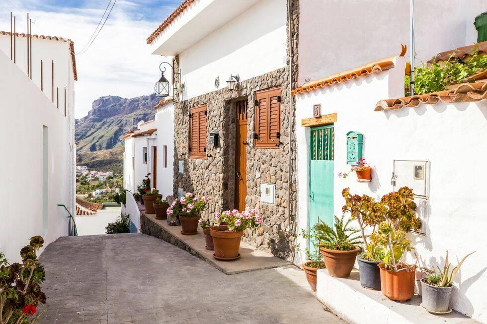 Köpa bostad utomlands – så här funkar det