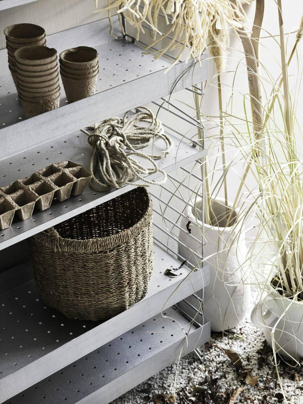 Nu är den här – nya Stringhyllan för trädgården