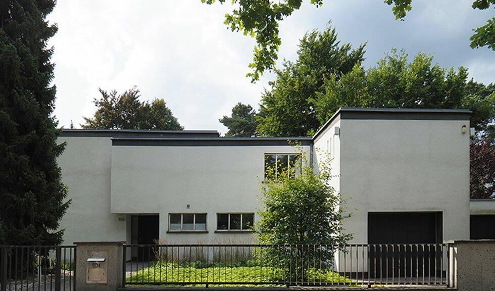 Gör en resa i fotspåren av Bauhaus