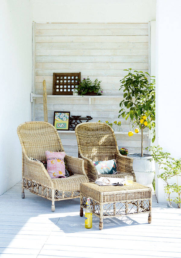 Skapa en skön stilmix på terrassen