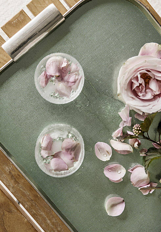 Lys upp ditt hem med rosor i höst – 6 inspirerande tips