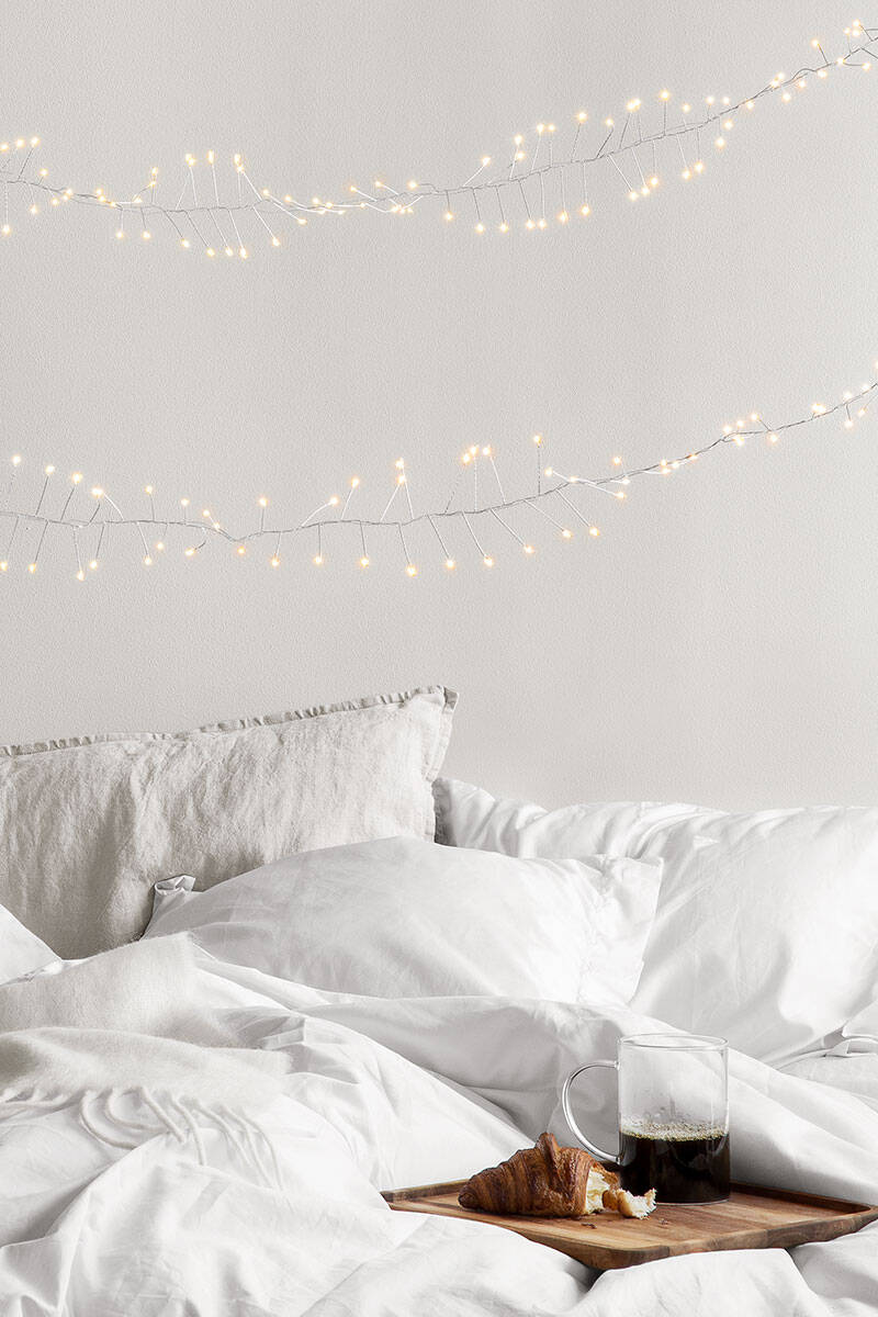 8 sätt att dekorera med ljusslingor – inne och ute