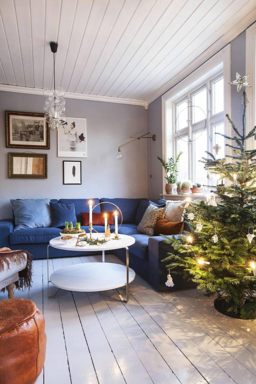 Hyacinter, granbarr och pepparkakor – kika in i hemmet som doftar jul
