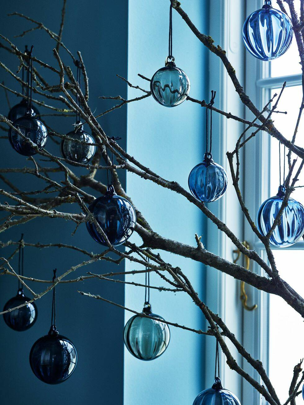 Så inreder du med årets färg – Classic Blue