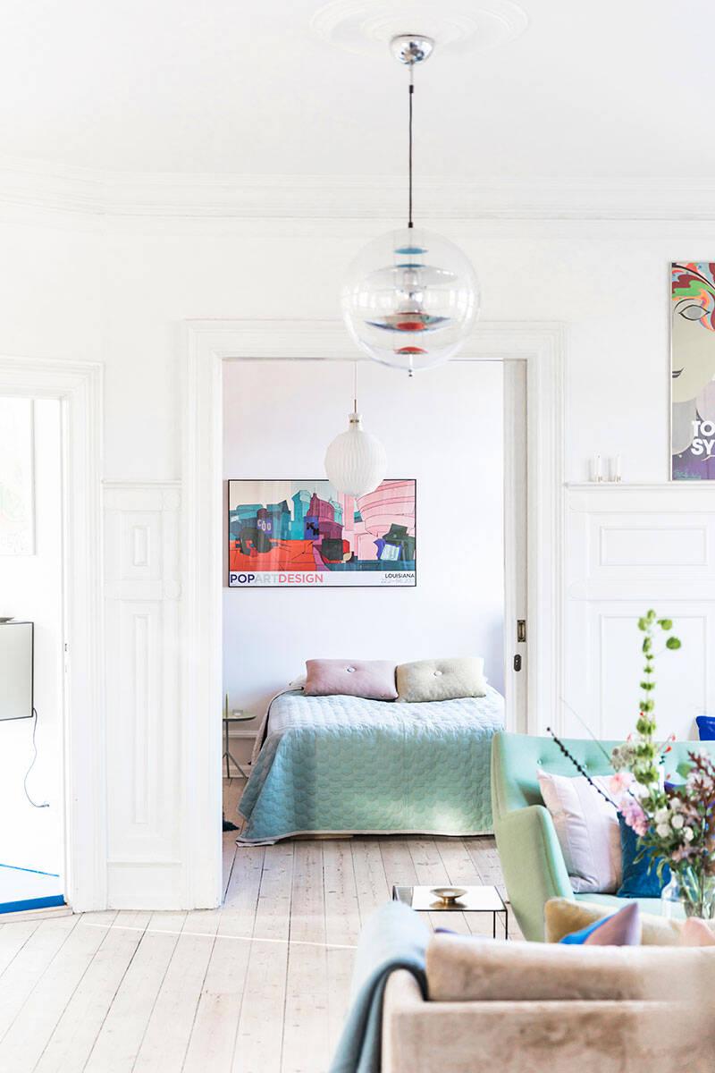 Färgstark och kreativ drömlägenhet –kika in!