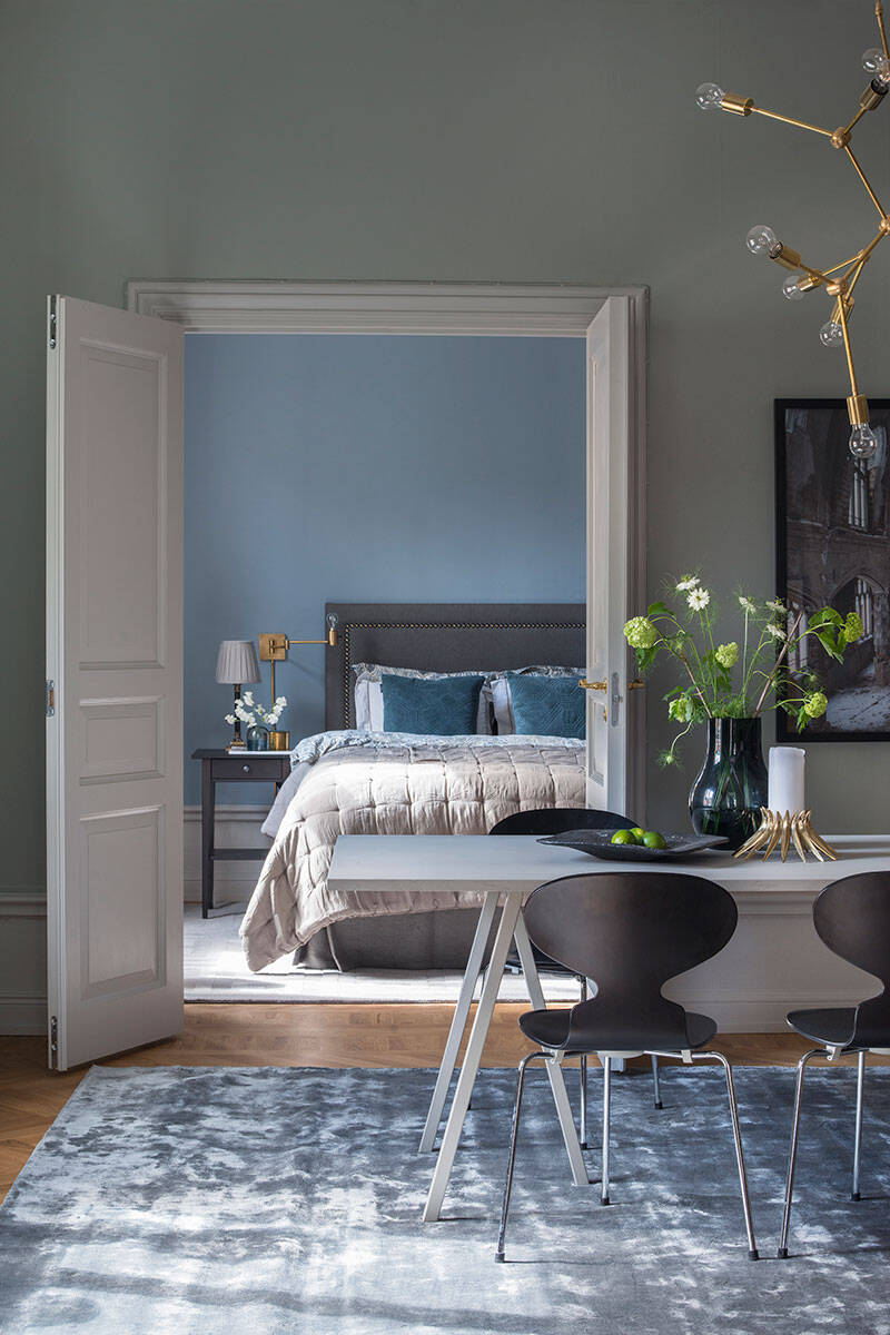 Elegant och harmoniskt drömhem i toner av blått