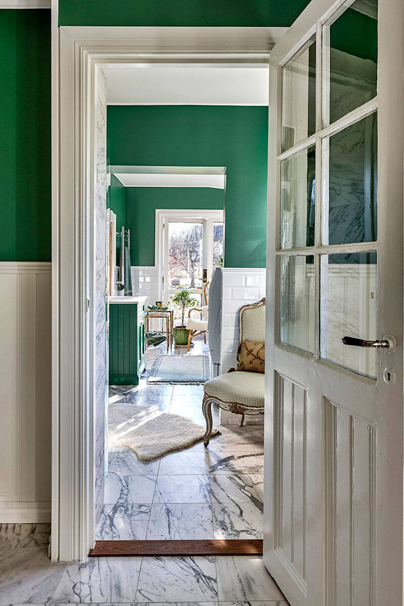 Magiskt drömbadrum i grönt att inspireras av inför renoveringen