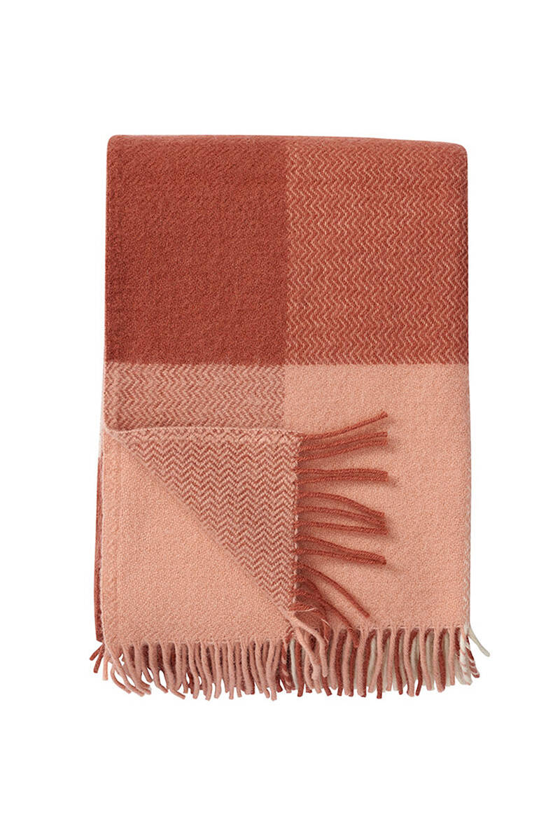 12 somriga textilier till uteplatsen
