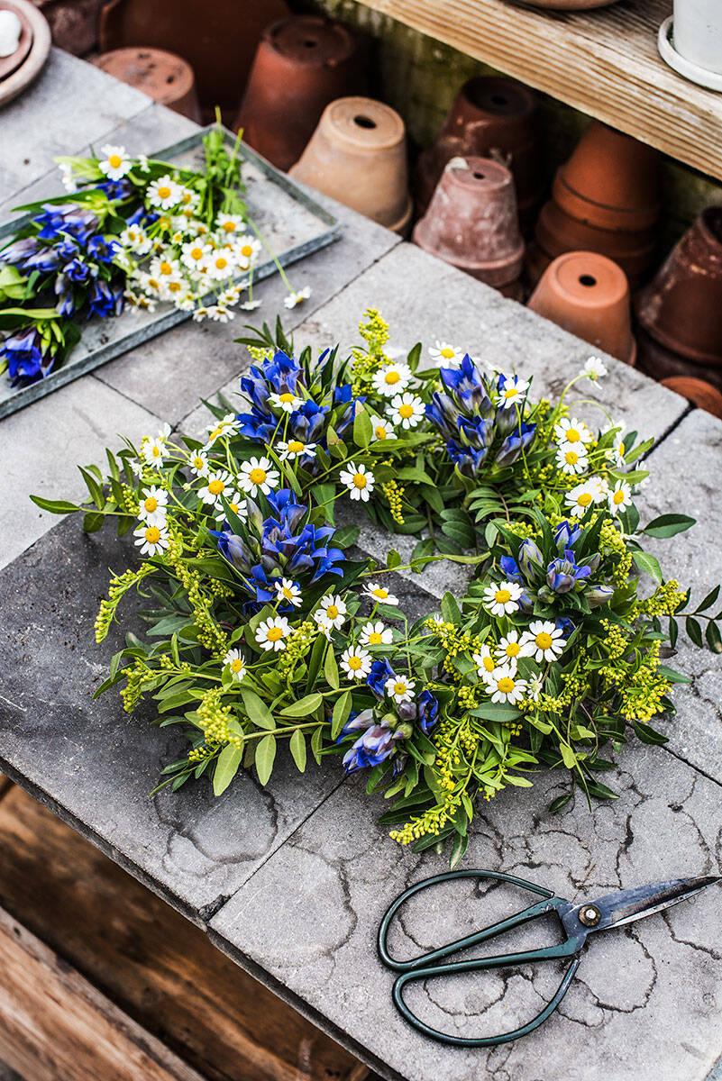 Så lyckas du med midsommardekorationerna – Lisa Bengtssons bästa blomstertips