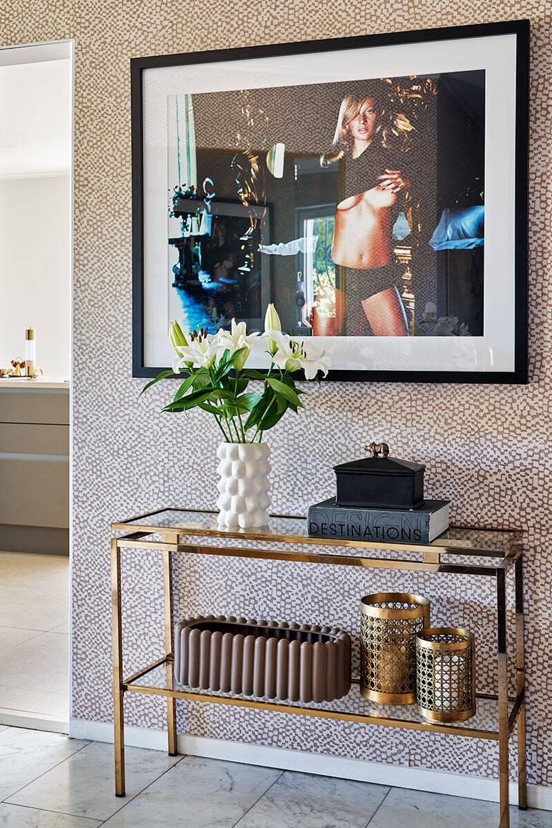 Rivieraglamour och retrolyx hemma hos Andrea Brodin