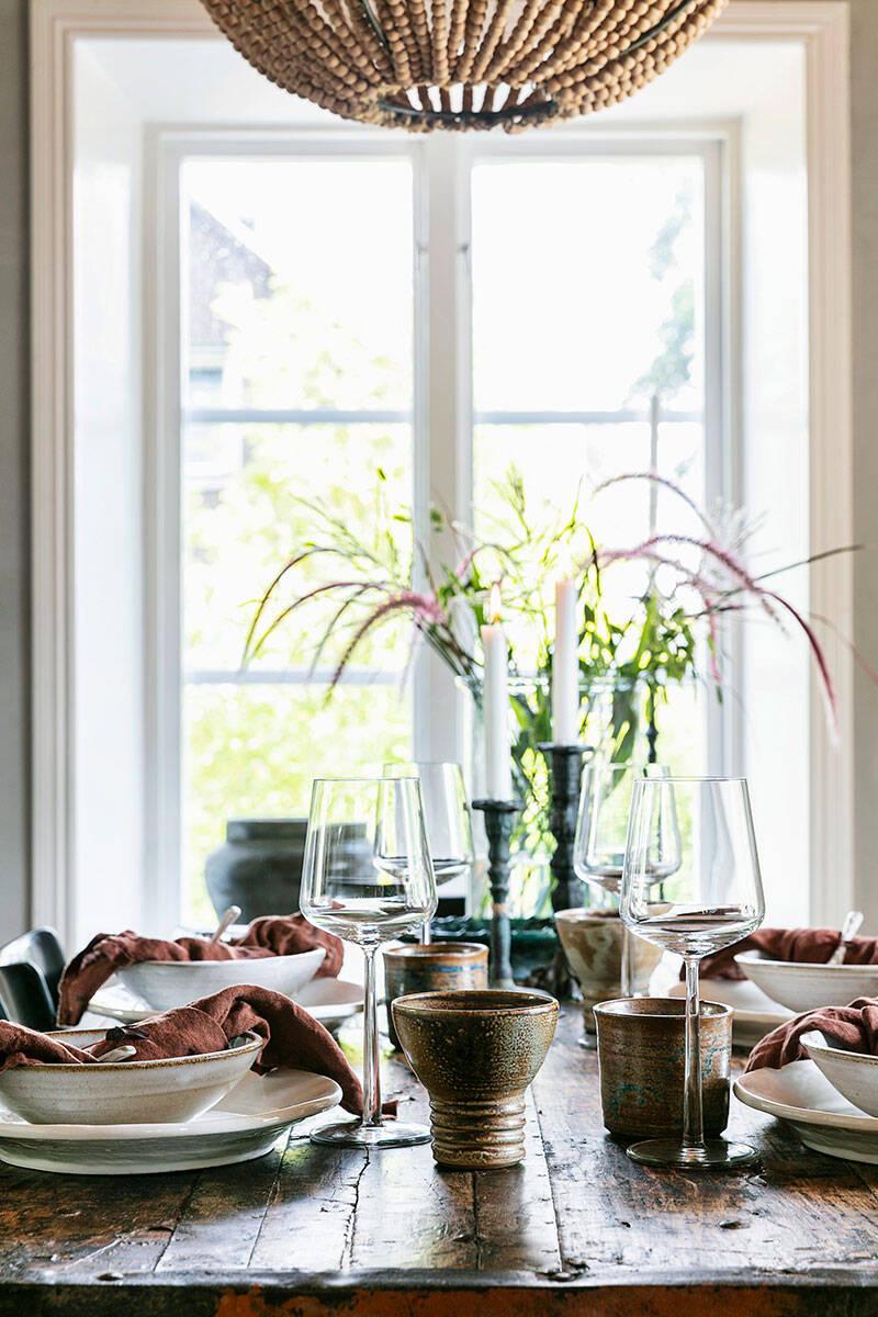 Modernt och rustikt i sekelskiftesvillan –kika in