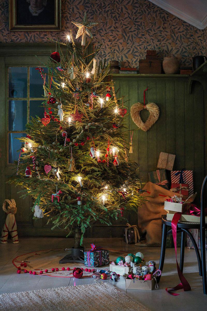 Så ser julen 2020 ut på Åhléns – se bilderna här