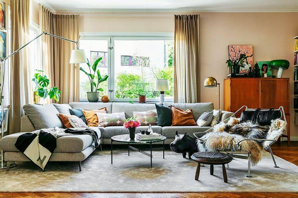 Stilsäker mix av vintage och ny design i funkisvillan