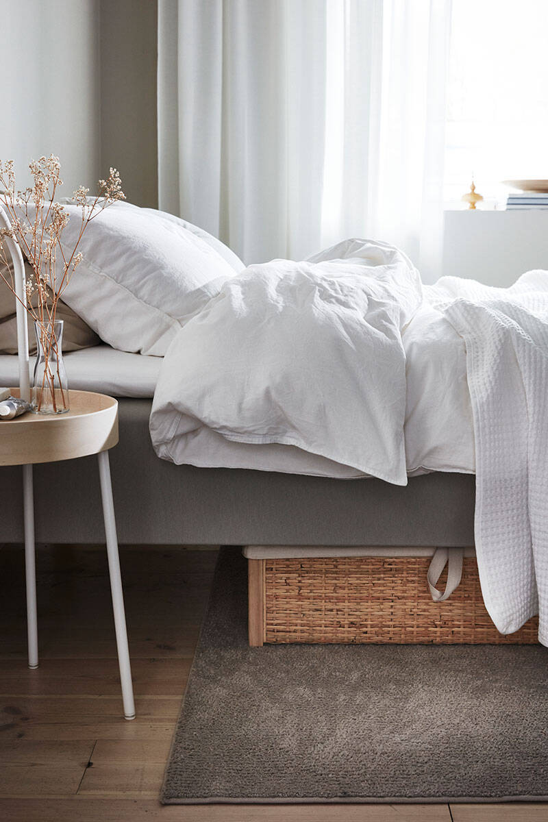 Sommarkänsla i sovrummet – stylistens 5 bästa knep