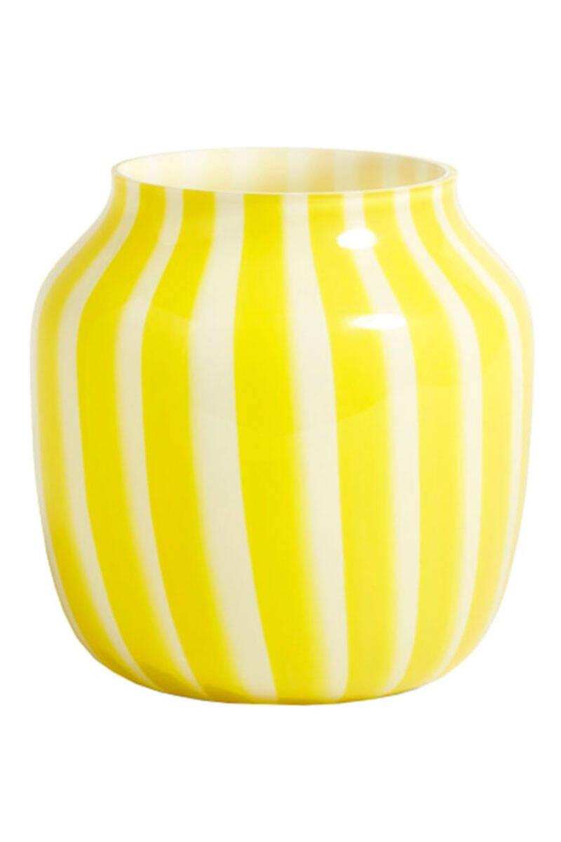 16 fina vaser till sommarens buketter – i butik just nu