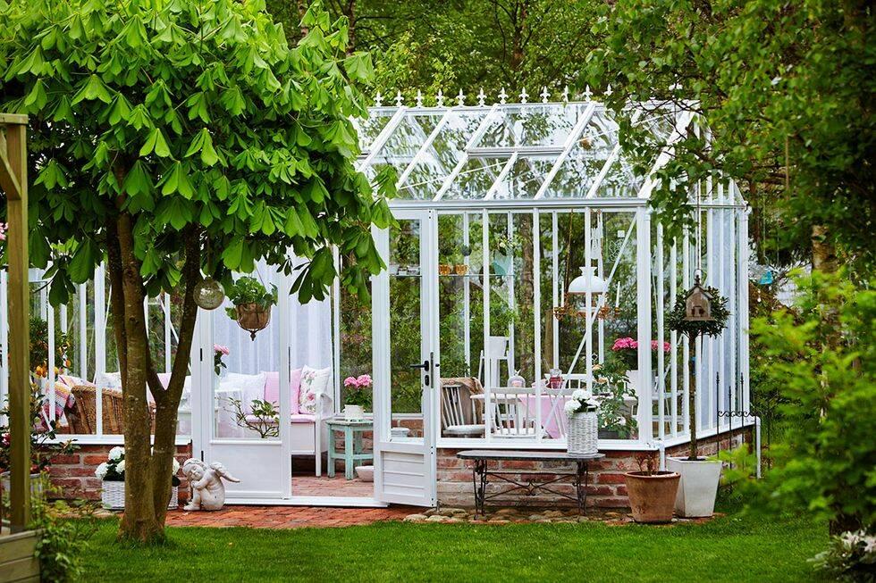 13 fantastiska växthus för en drömmigare sommar