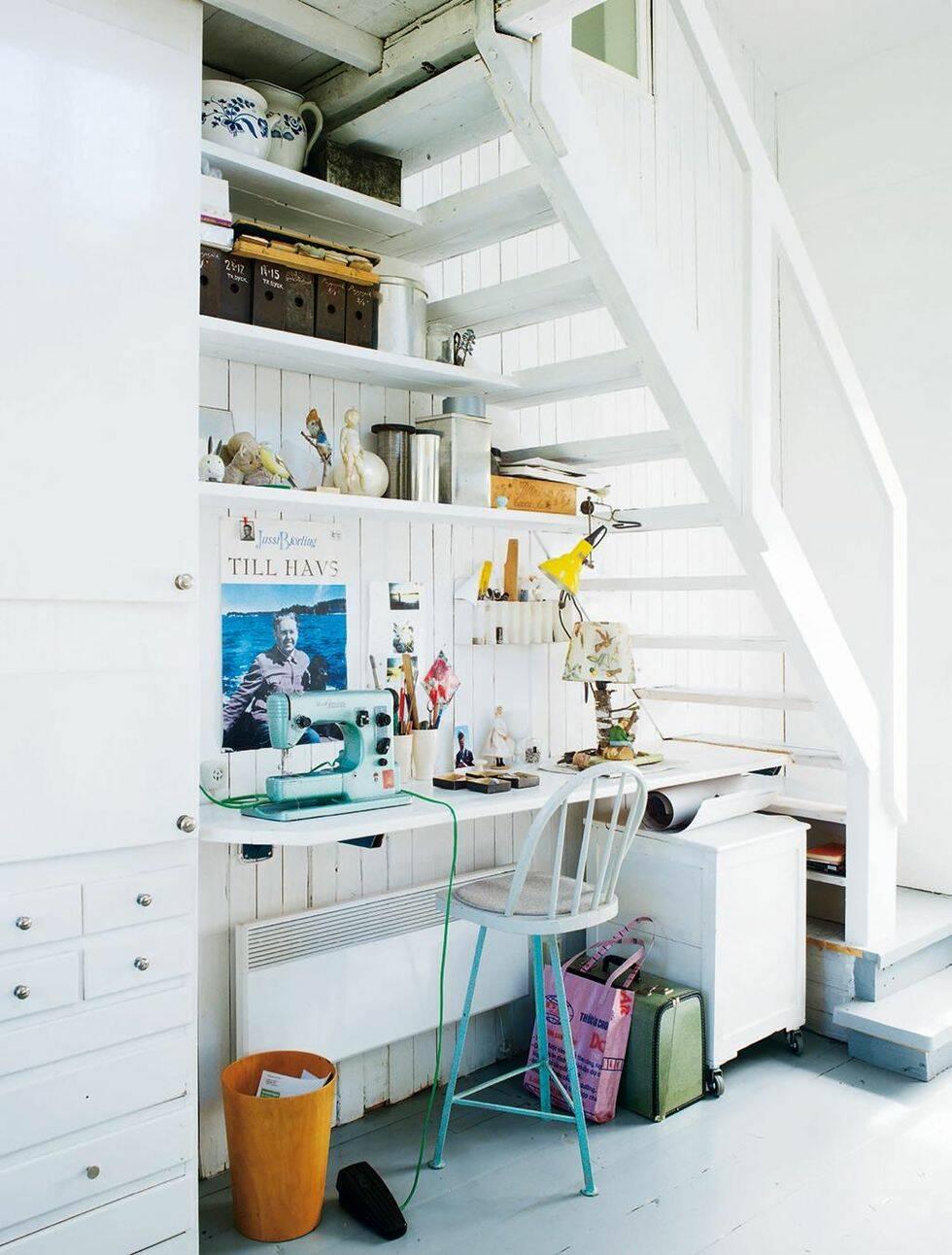 """10 idéer för det """"omöjliga"""" utrymmet under trappan"""