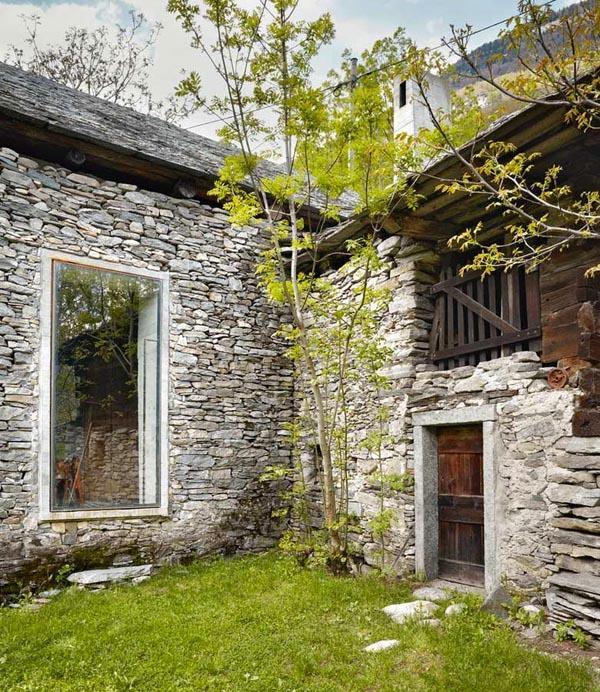 Det ser ut som en ruin – men insidan av det här huset kommer att få dig att tappa hakan