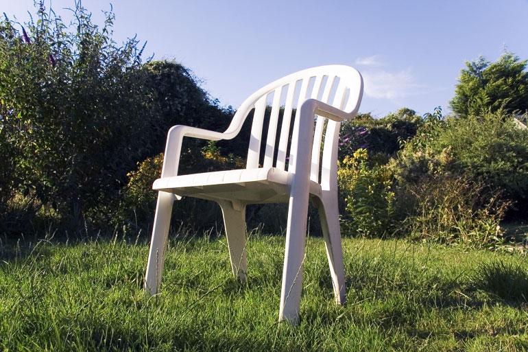 Det här är det fulaste man kan ha i trädgården enligt svenskarna