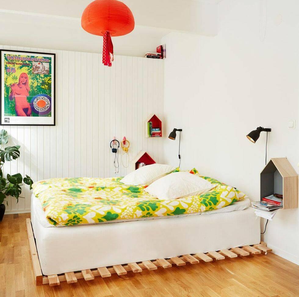 Lekfull och färgstark inredning i 60-talshuset