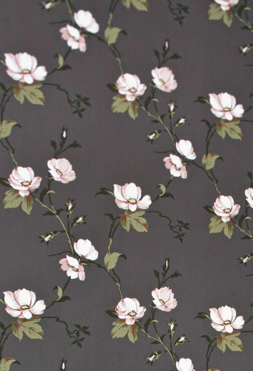 Blommiga tapeter