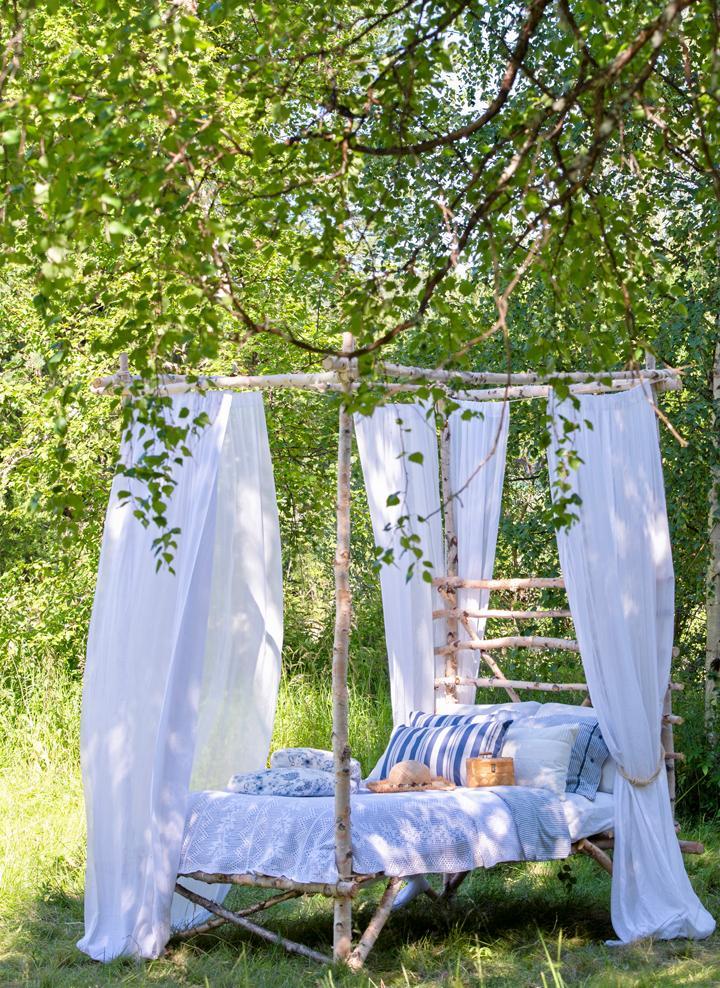 Snickra en säng för sommardrömmar