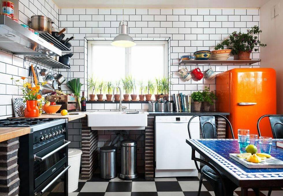 Köket som flörtar både med industri- och medelhavskänsla