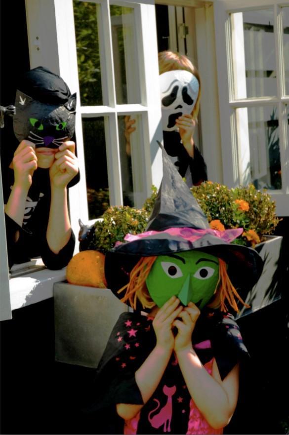 Tuffa masker till halloweenkalaset