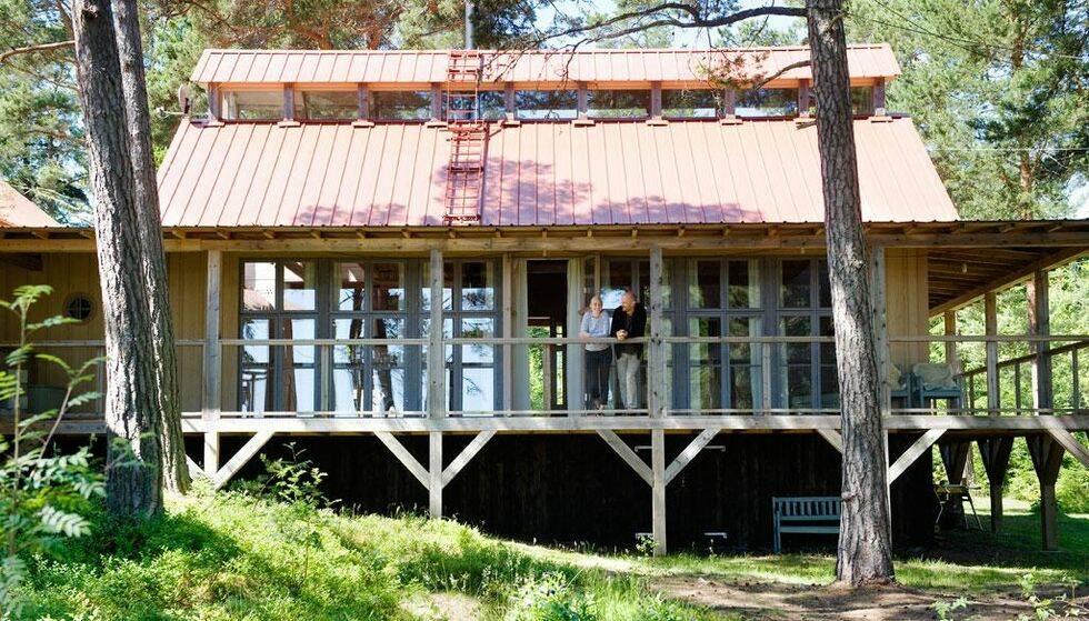 Ett fritidshus byggt på höjden
