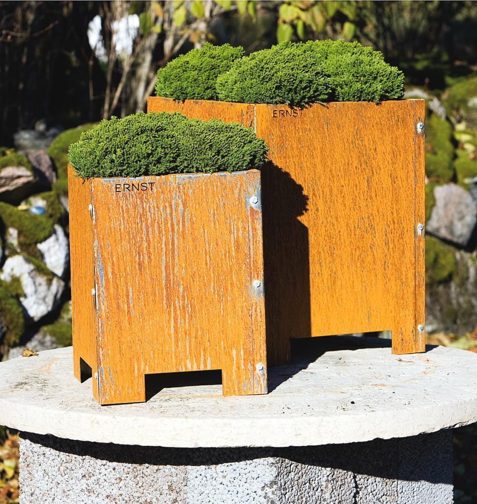 Nya trädgårdsmöbler av Ernst Kirchsteiger