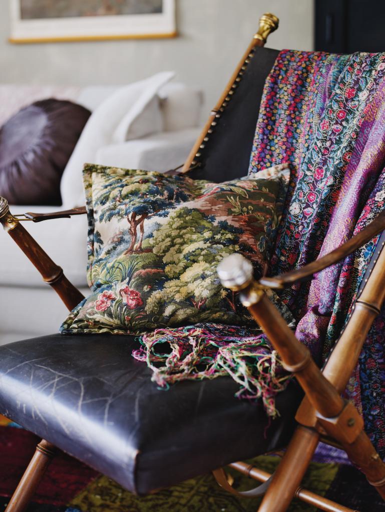 Ett vardagsrum - tre stilar
