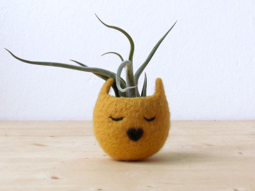 De här ursöta krukorna förvandlar dina växter till sovande djur