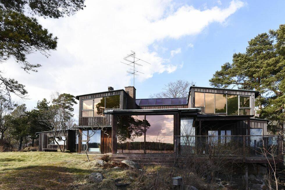 Mark Levengood säljer huset i skärgården – kika in i ärvda miljonvillan