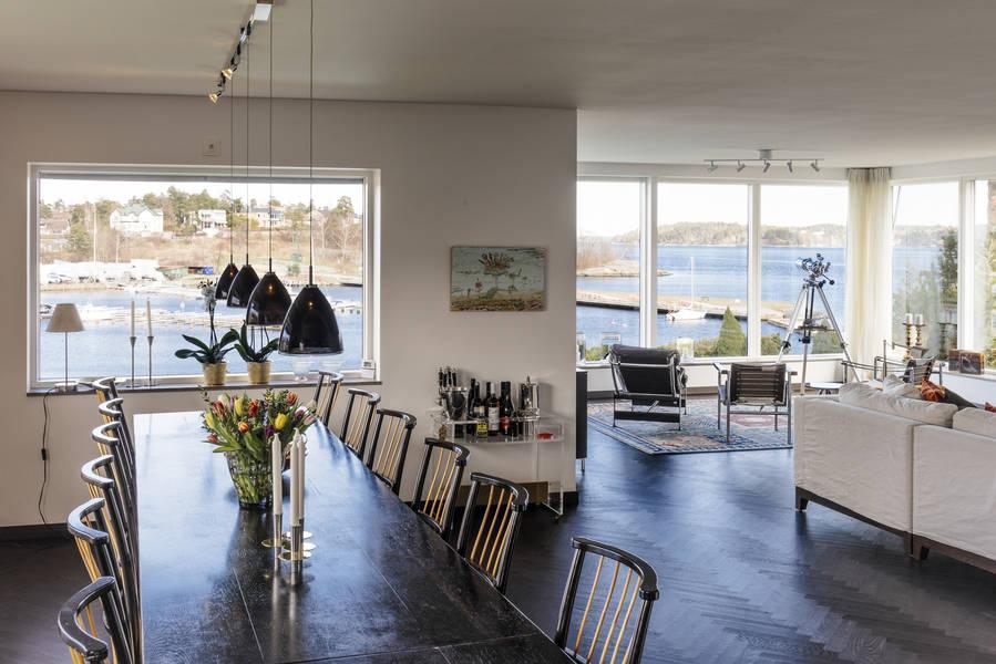 Klickraket från Hemnet: Mångmiljonvilla med sjötomt på Lidingö