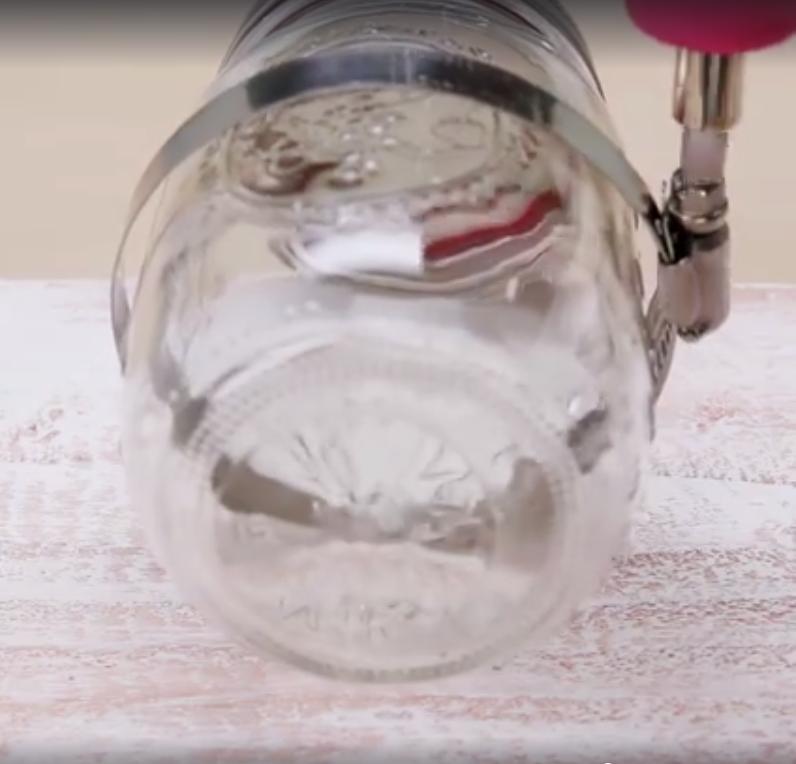 Gör det själv: Snygg och smart förvaring med glasburkar