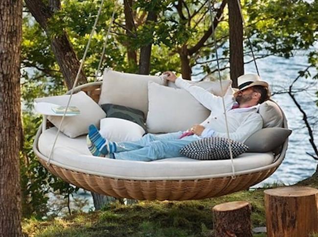 7 extremt vilsamma möbler vi vill ha i trädgården i sommar