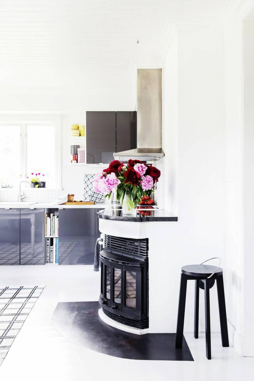 Veckans hem: Från träfärgad bastu till färgstark skärgårdspärla