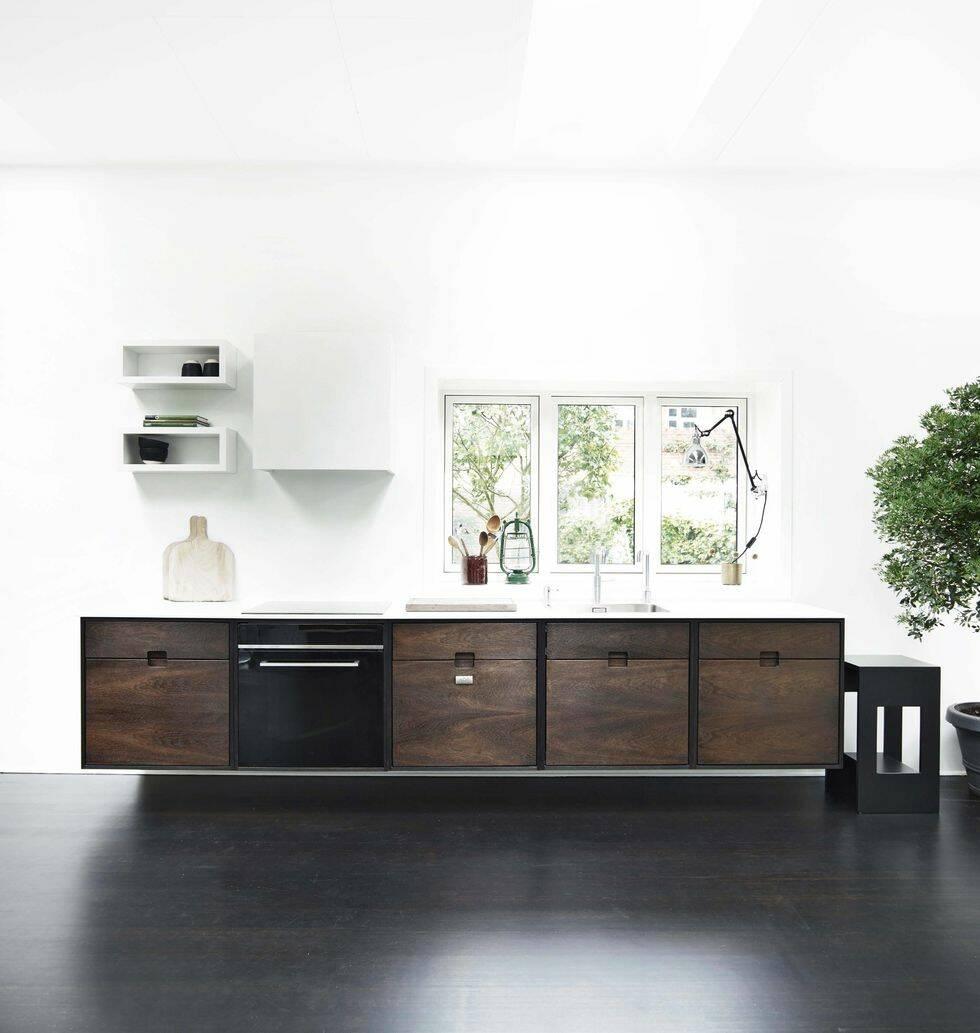 5 nya kök för en mörk och modern look