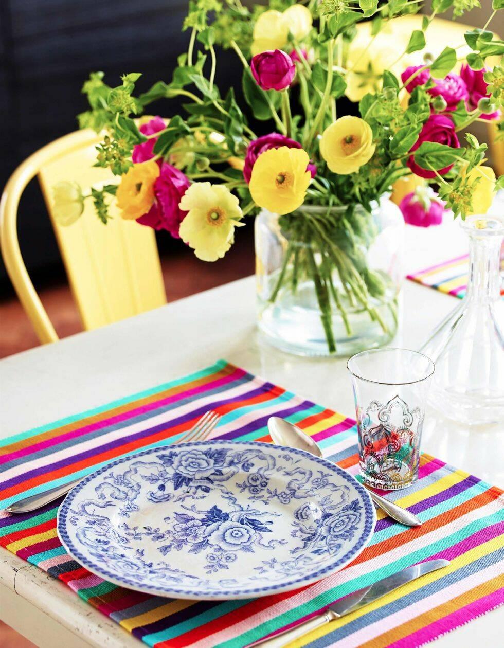 Blommigt och färgsprakande kök – så här skapar du looken