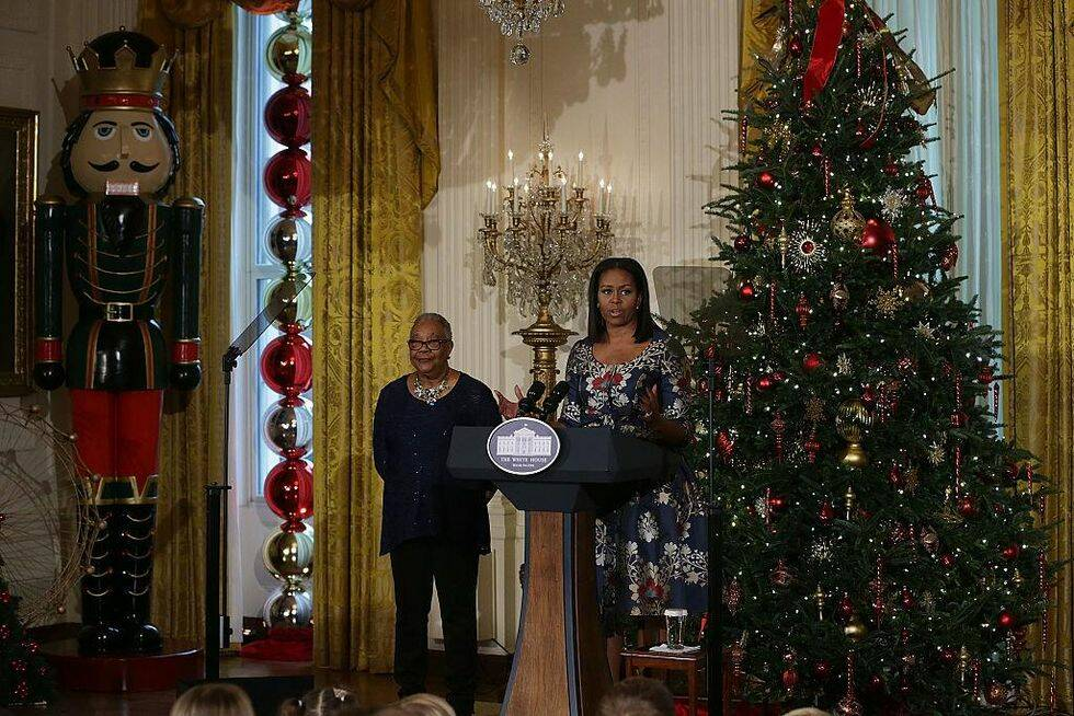 8 bevis på att Michelle Obama är grym på att julpynta